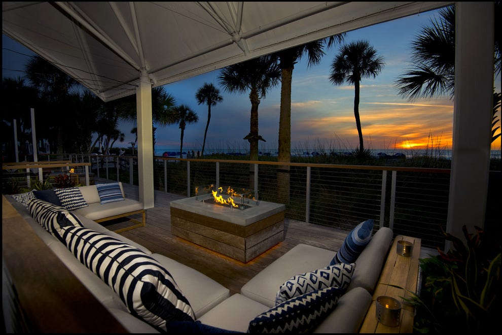 Rowe Bar: St. Petersburg / Clearwater Restaurants Review - 10Best Experts and Tourist Reviews