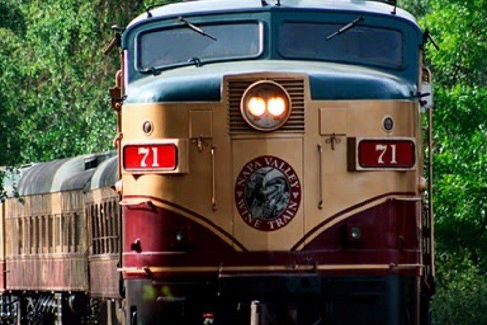 纳帕谷葡萄酒火车旅行