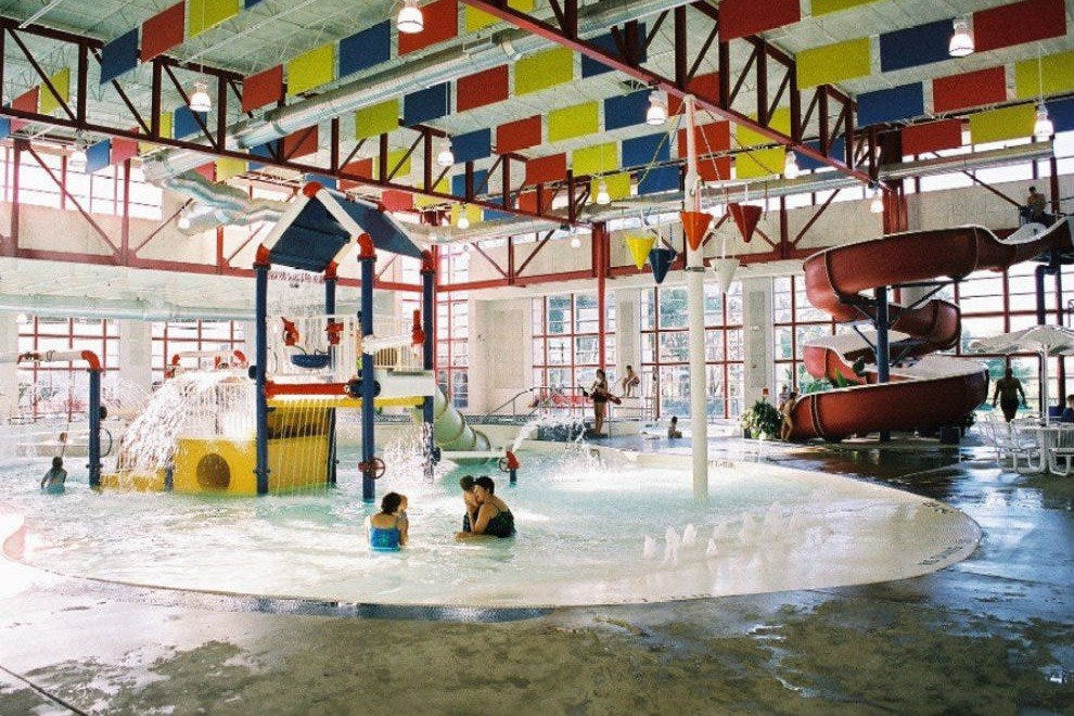 Dallas water parks 10best attractions reviews for Hotels in arlington tx with indoor swimming pool
