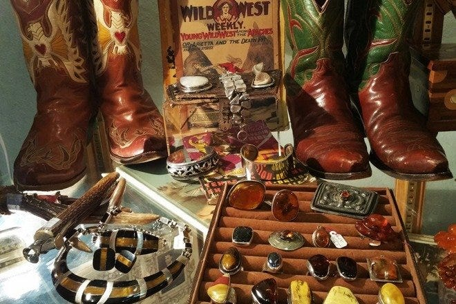 Curiosities: Dallas Shopping Review - 10Best Experts and