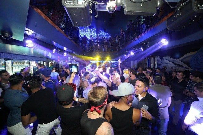 Cocktails, Games And Music: 10 Best Las Vegas Gay Clubs And Bars