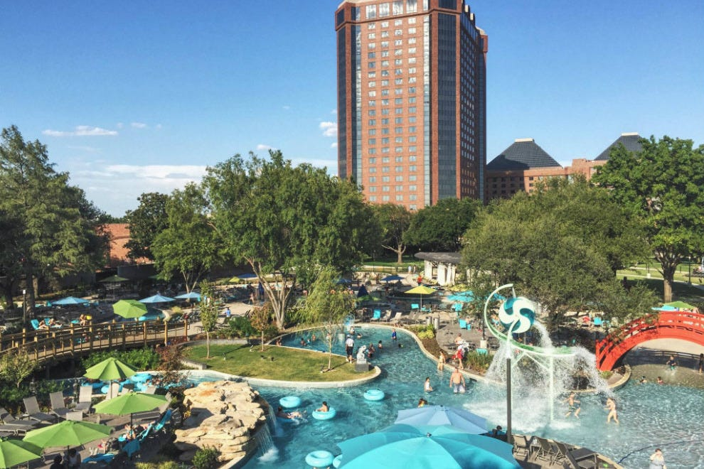 Jadewaters At The Anatole Dallas Attractions Review