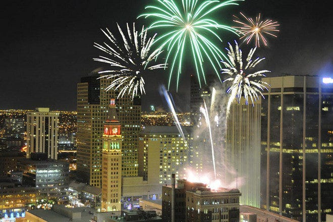 New Year S Eve Fireworks Downtown Denver Attractions