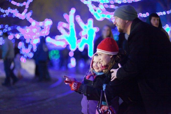 Riverbanks Zoo Lights Before Christmas