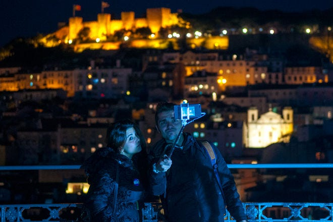 A City for Lovers: Romantic Things to Do in Lisbon