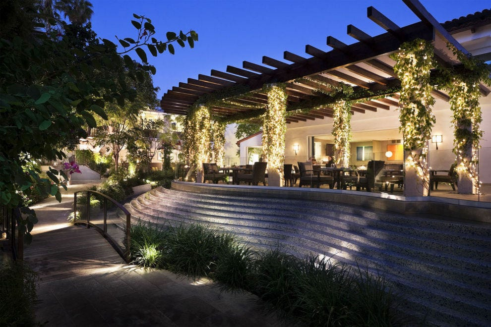 Cavatina Restaurant at Sunset Marquis Hotel