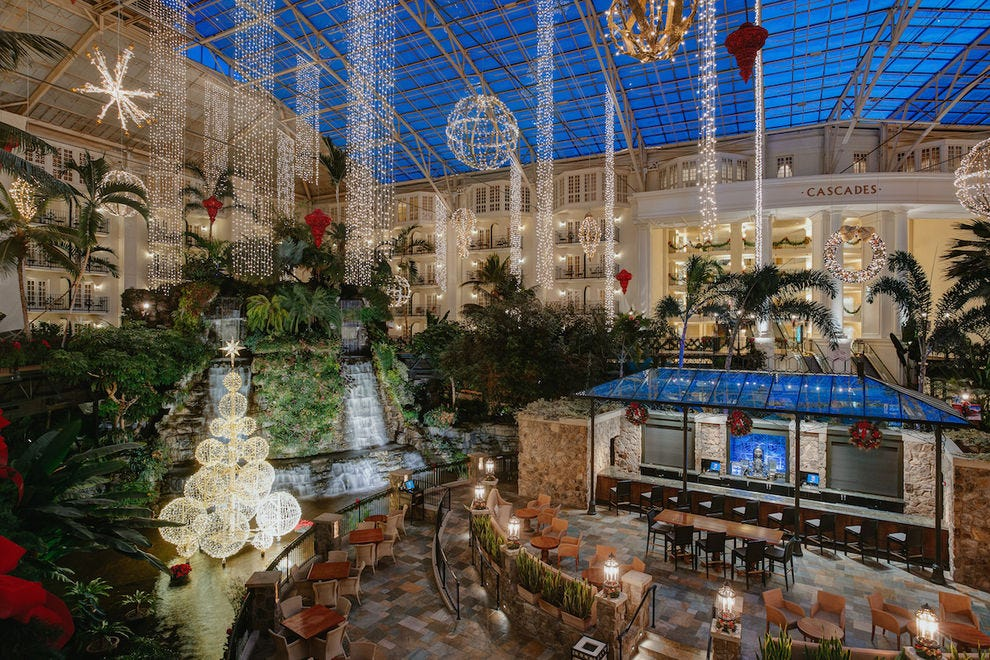 Opryland Christmas.10 Festive Reasons To Celebrate The Holidays At Opryland