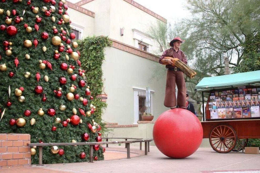 Christmas Events Dc 2019.Holiday Attractions Attractions In Scottsdale