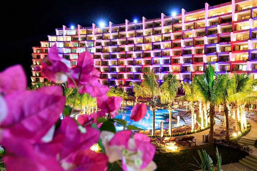 Grand Velas Los Cabos All-Inclusive