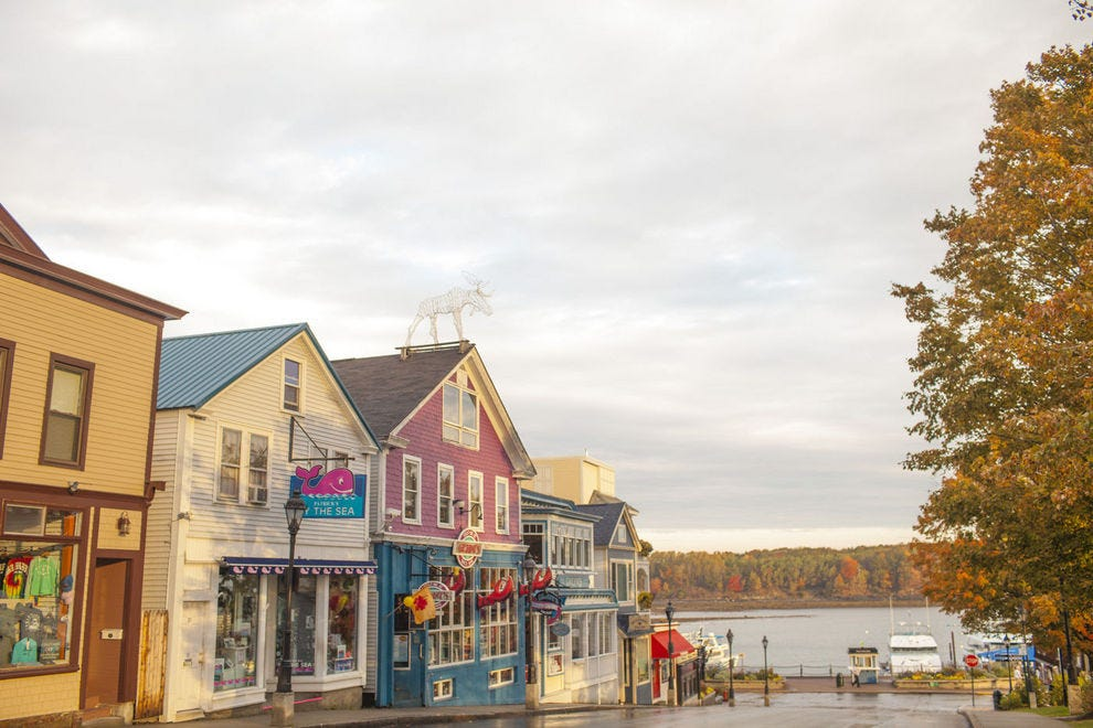Best Northeastern Small Town Winners: 2017 10Best Readers