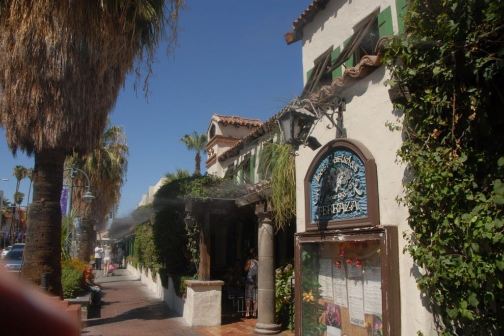 Family Friendly Restaurants In Palm Springs