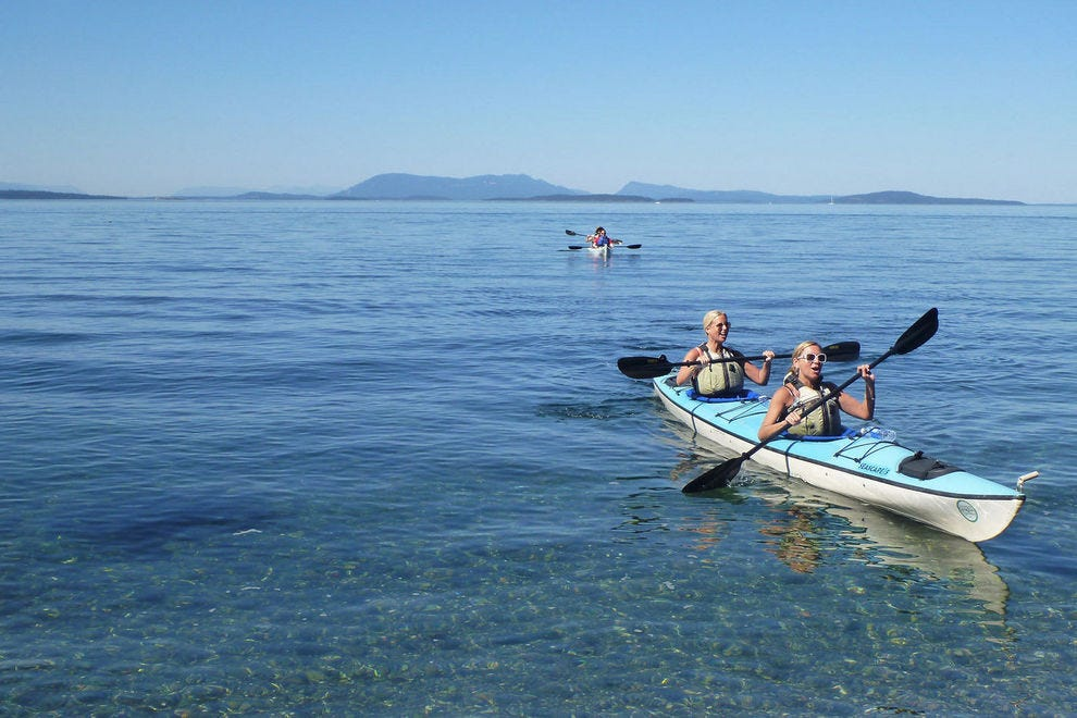 Kayaking in the Pacific Northwest's stunning San Juan Islands
