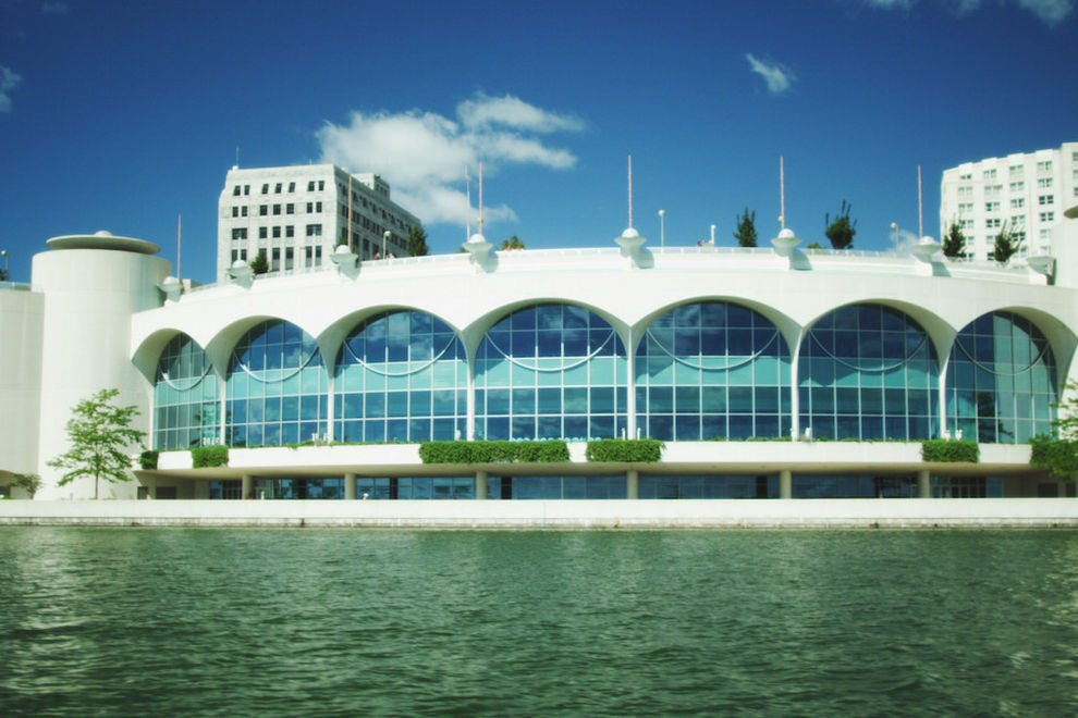 Monona Terrace Goes For Roller Coaster >> For Frank Lloyd Wright Fans Wisconsin S Dedicated Trail Is The Trip
