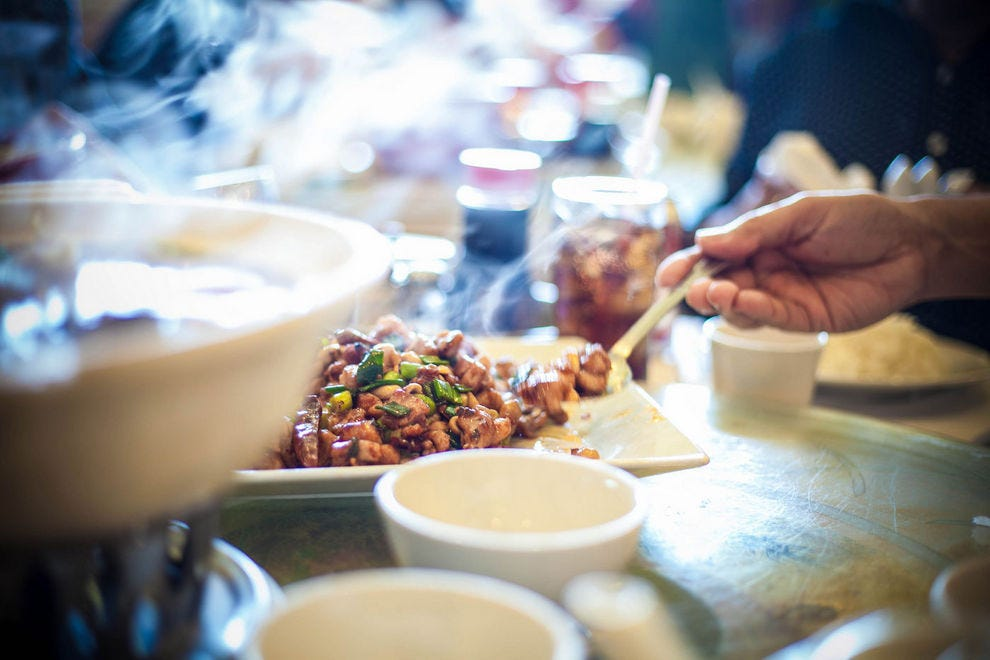 the history of chinese cuisine History of chinese cooking china is a country where the preparation and appreciation of food has been developed to the highest level the art of chinese cooking has been developed and refined over.