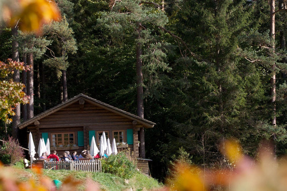 End a tasting hike with a five-course meal at a hiking cottage