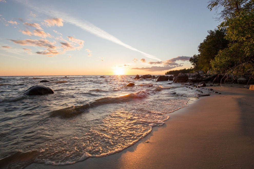 Find Canada's best beaches at Lake Winnipeg