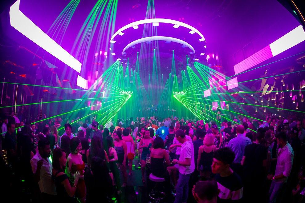 Sukhumvits best nightlife nightlife in bangkok insanity nightclub mozeypictures Choice Image