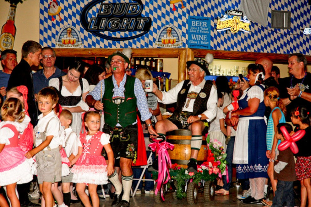 Best oktoberfest winners 2017 10best readers 39 choice for Wurstfest craft beer festival 2017