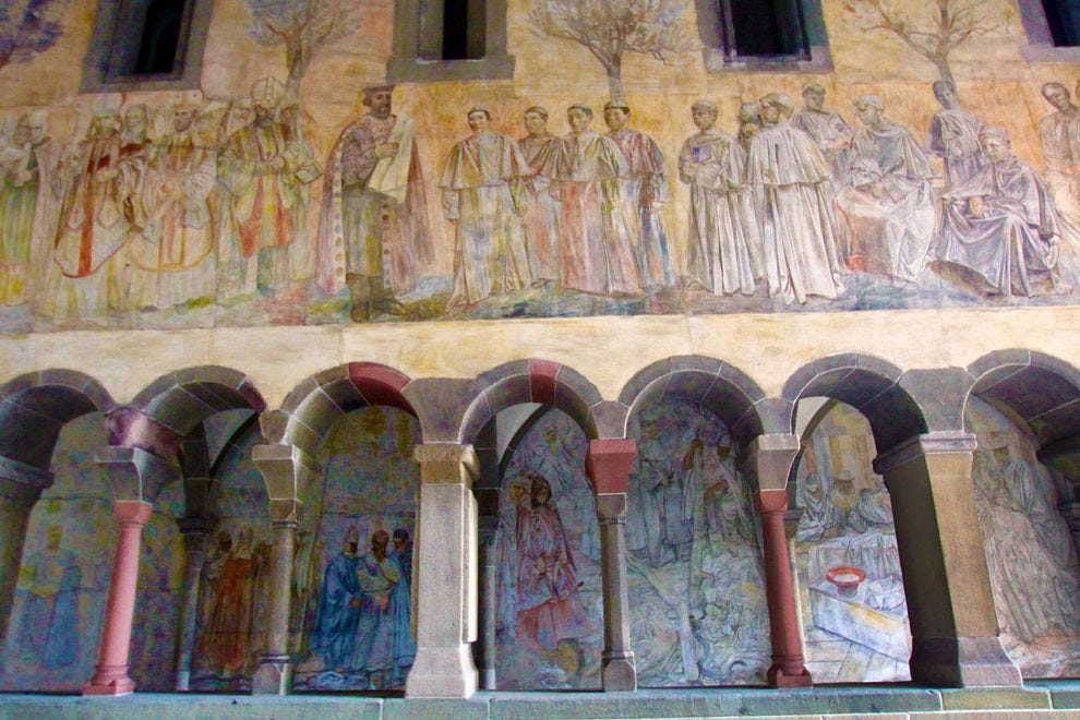 Švajcarska - Page 2 Switzerland--Zurich--Old-Town--Fresco-Gallery_54_990x660