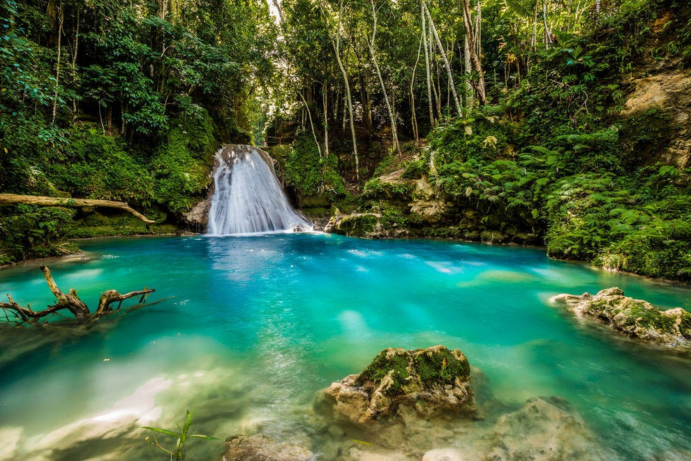Waterfall in the center of Jamaica