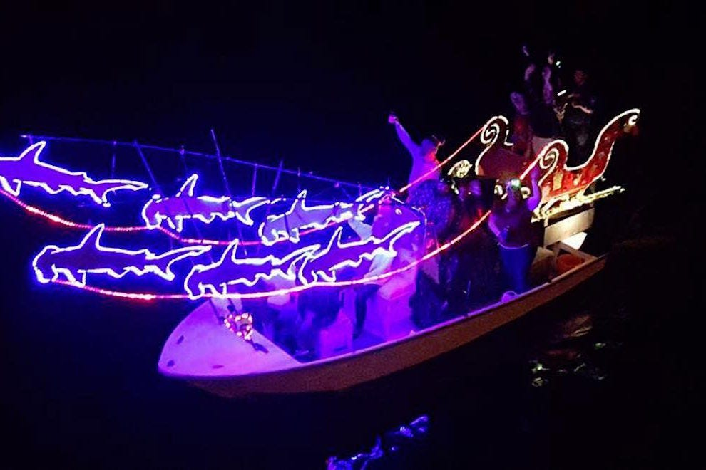 Christmas Boat Parade Decorating Ideas.Things To Do In December Attractions In Fort Myers