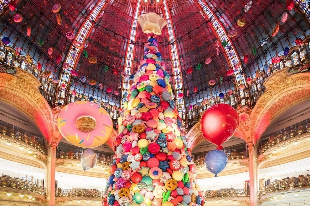 You Need To See This Unbelievably Spectacular Holiday Display