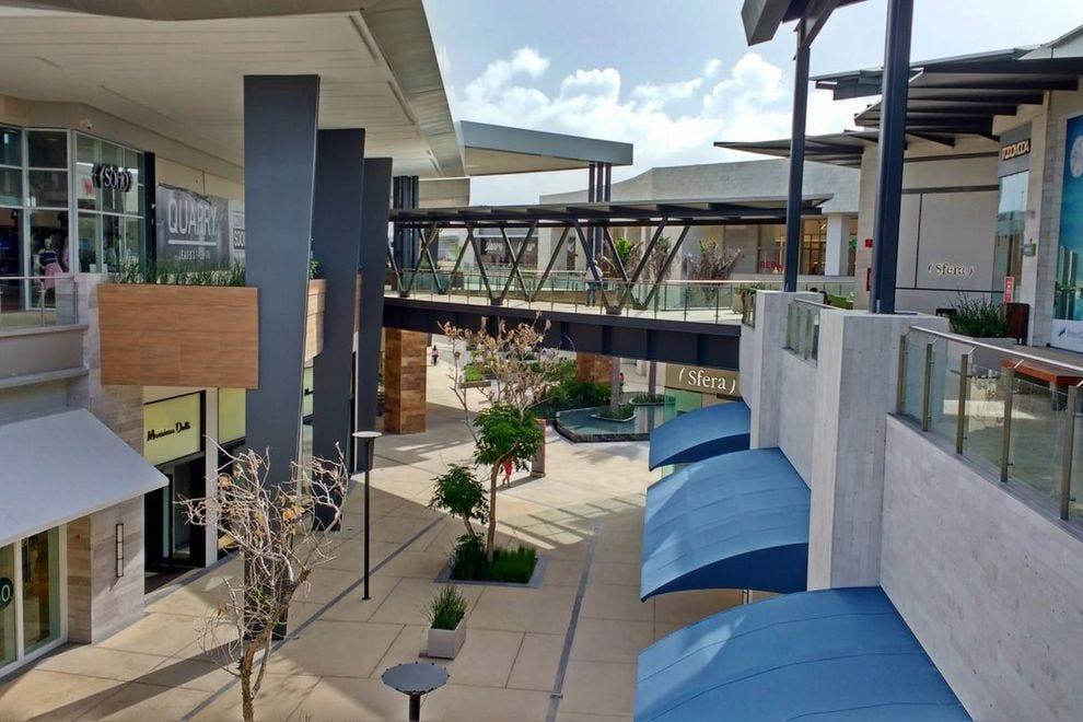 Puerto Cancun Marina Town Center: Cancún Shopping Review ...