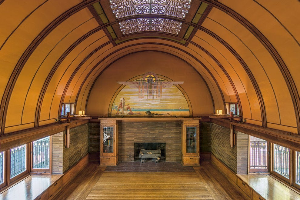 Frank Lloyd Wright Home & Studio and Historic District Tours