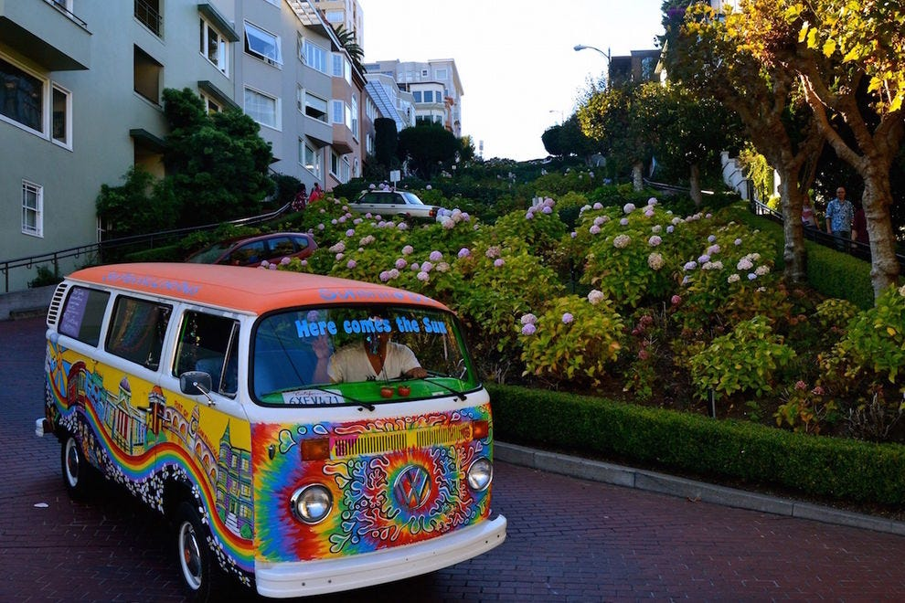 San Francisco Love Tours truckin' down Lombard Street