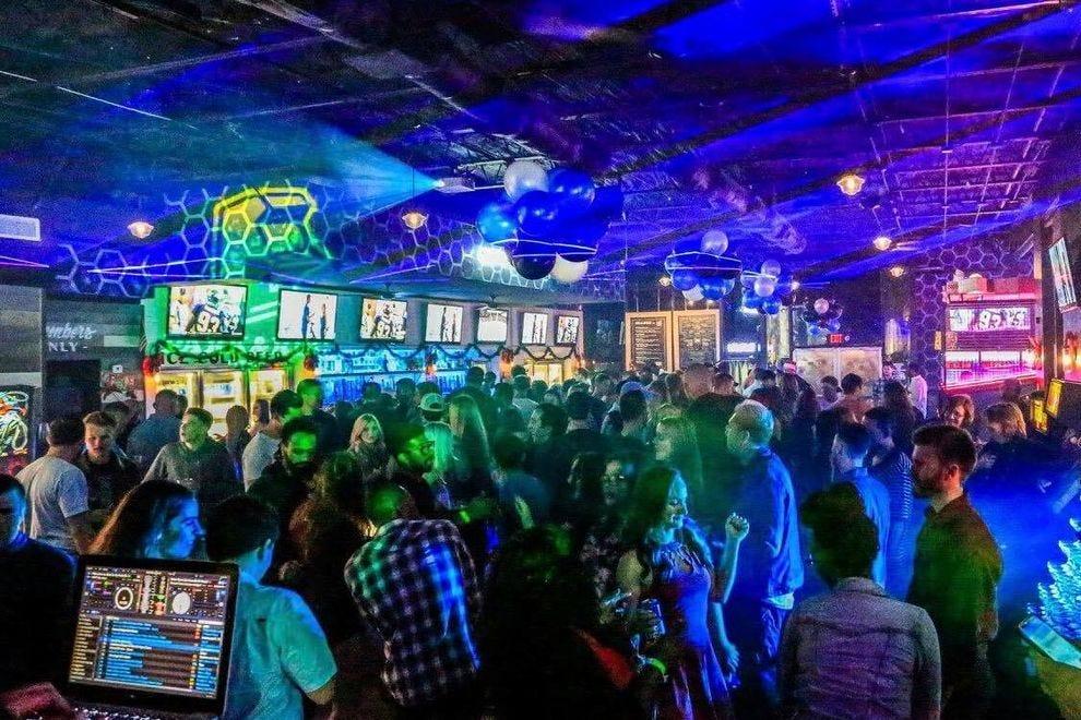 BRITNEY: Best pickup bars in jacksonville fl