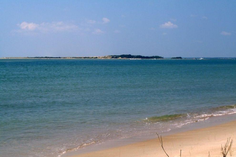 time left to vote  6 days   18 hrs   59 mins   39 secs vote   hammocks beach state park   best north carolina beach      rh   10best