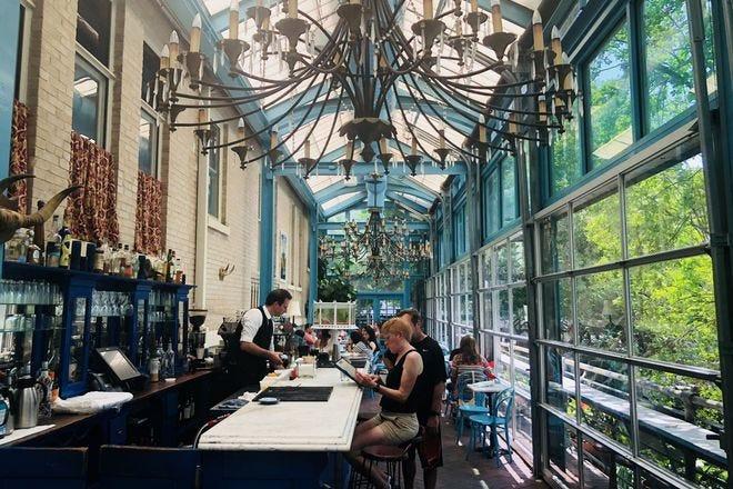 restaurant slideshow waterfront dining in san antonio