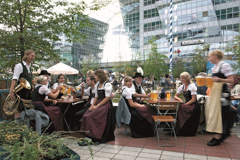 10 reasons you'll want to get delayed in the Munich Airport