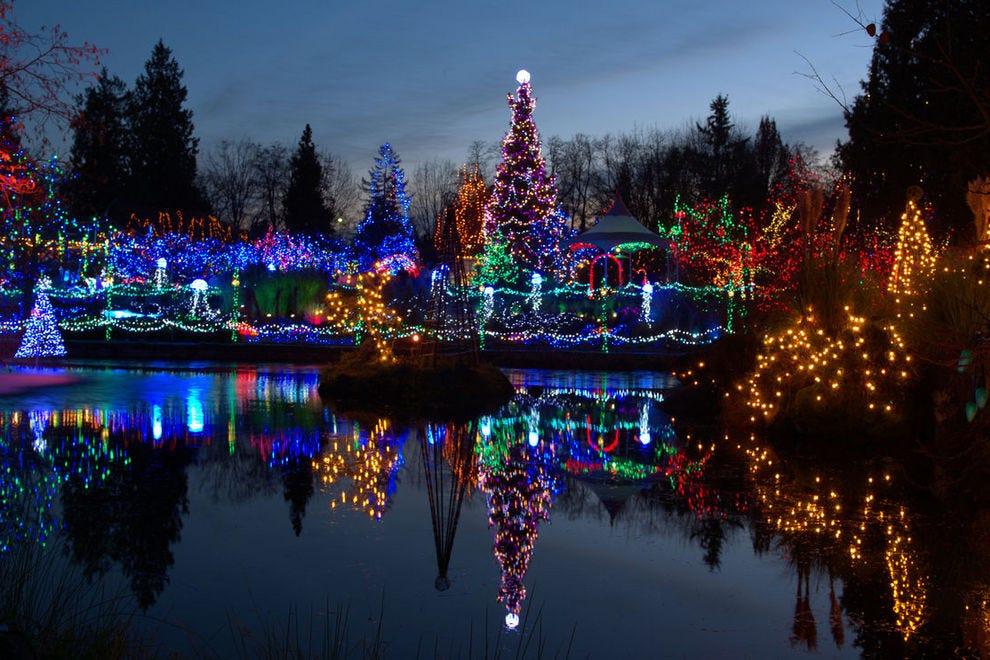 vote the lights of christmas best public holiday lights display nominee 2018 10best readers choice travel awards