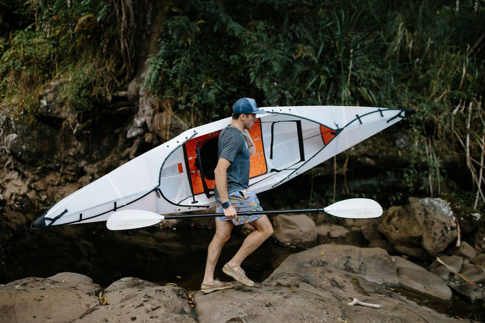 Oru Kayak Beach LT collapses for easy transportation