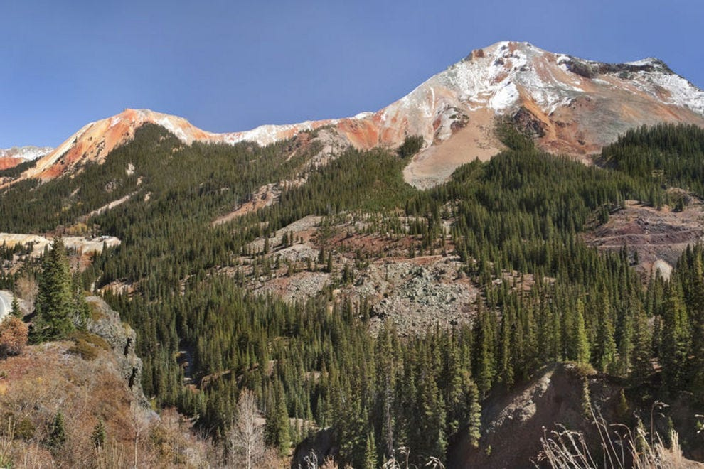 Red Mountain Pass provides views of the Red Mountains