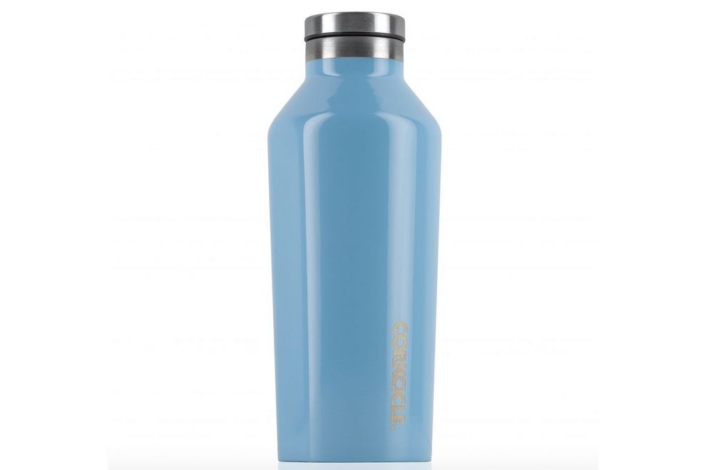 Corkcicle vessels keep drinks icy cold even in the sun