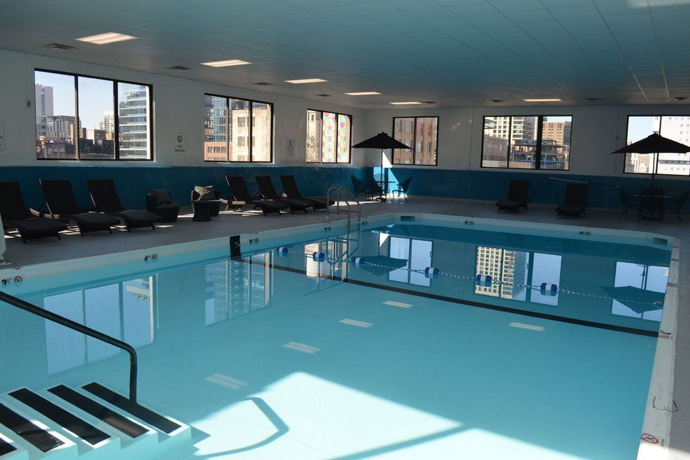 Chicago budget hotels in chicago il cheap hotel reviews - Cheap hotels in aberdeen with swimming pool ...