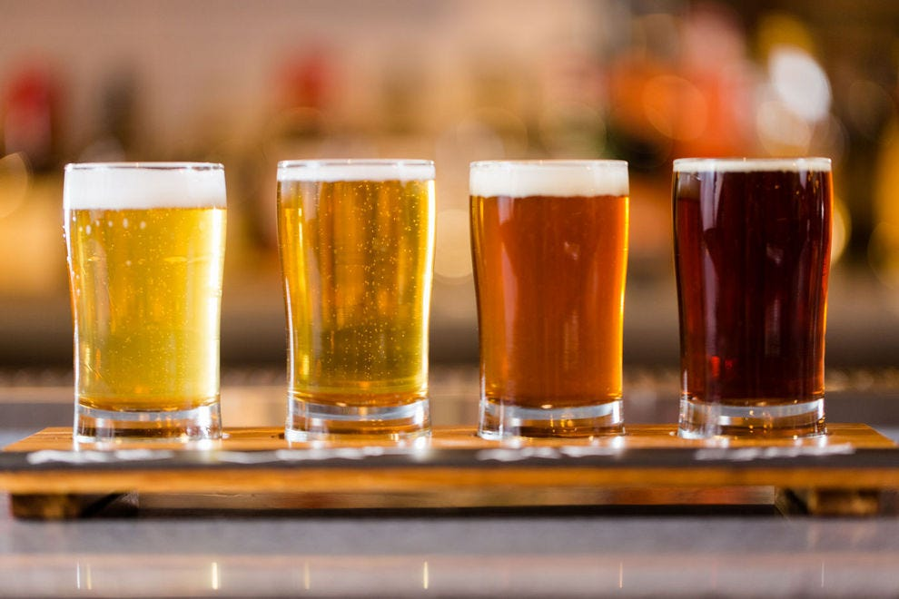 A beer flight at Stone Arch will liven up your layover