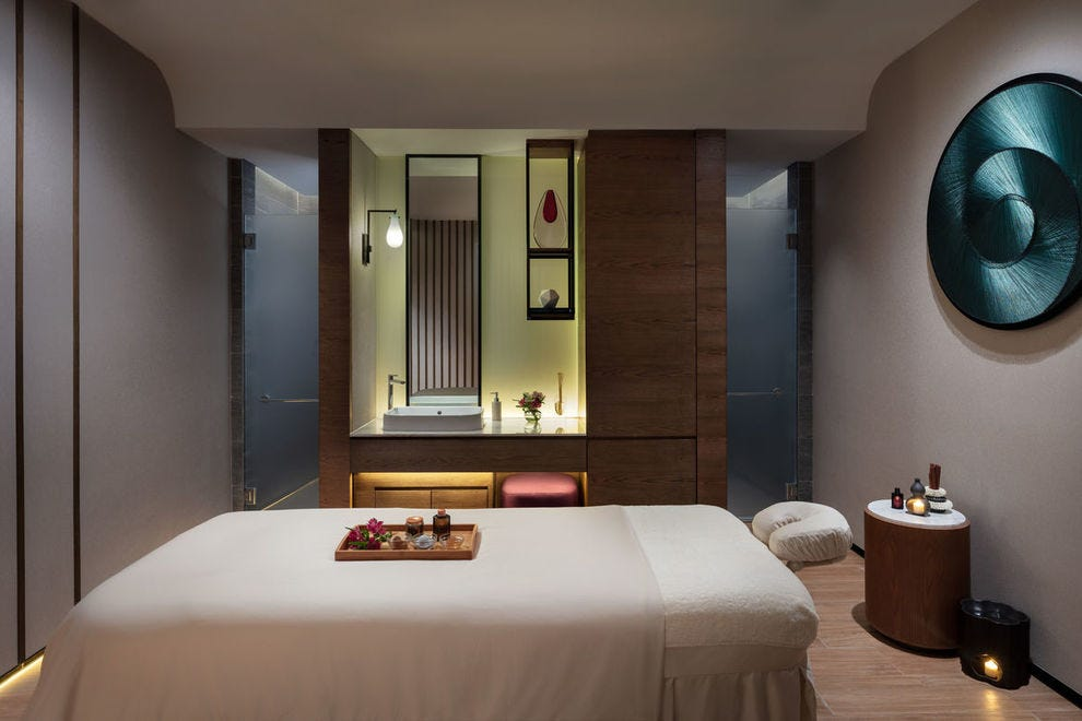 HARNN Heritage Spa at Hong Kong Ocean Park Marriott Hotel features dreamy treatments in beautiful, zen spaces