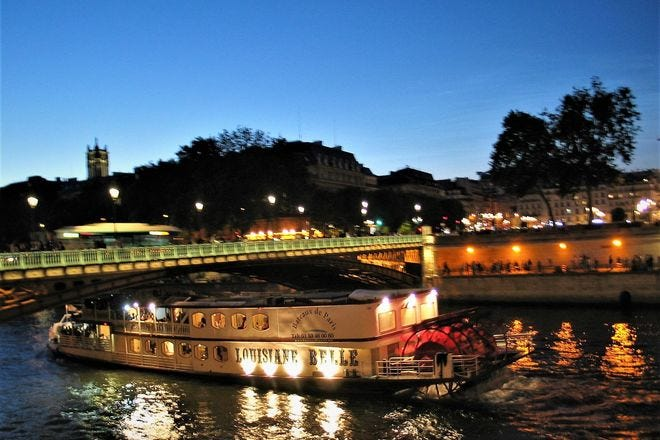 Best Attractions & Activities in Paris