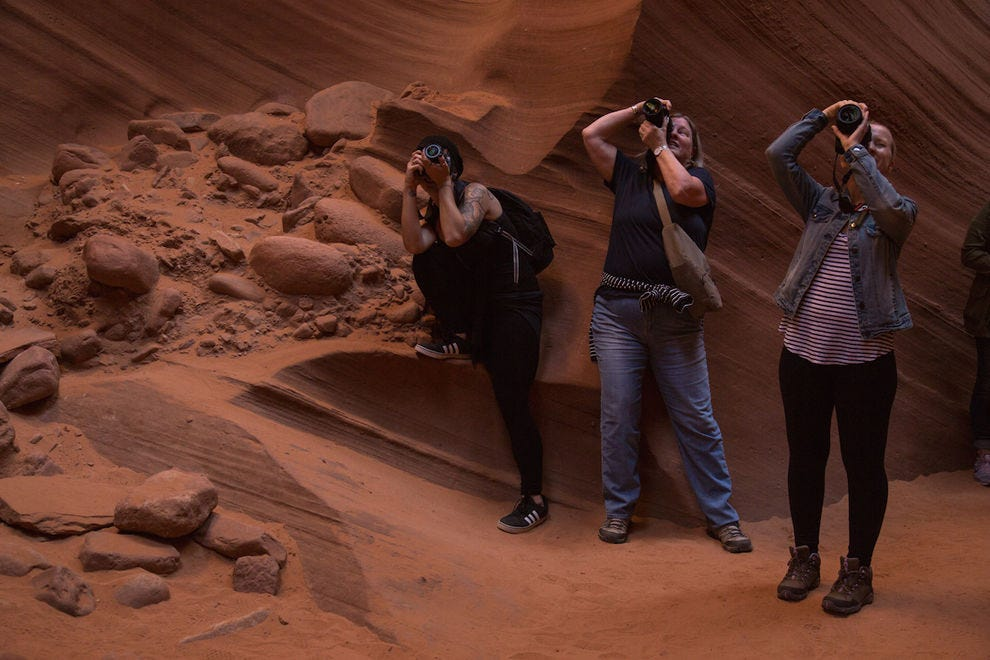 Travelers on a Damesly trip to Antelope Canyon in Arizona