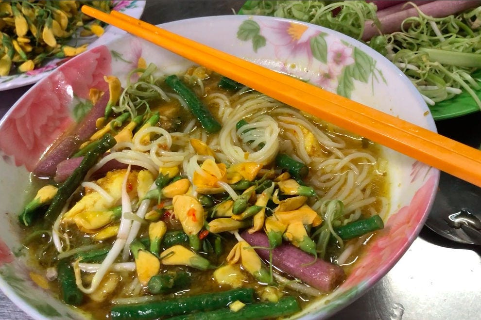 """Guide to eating at Ho Chi Minh City's """"Cambodian Market"""""""
