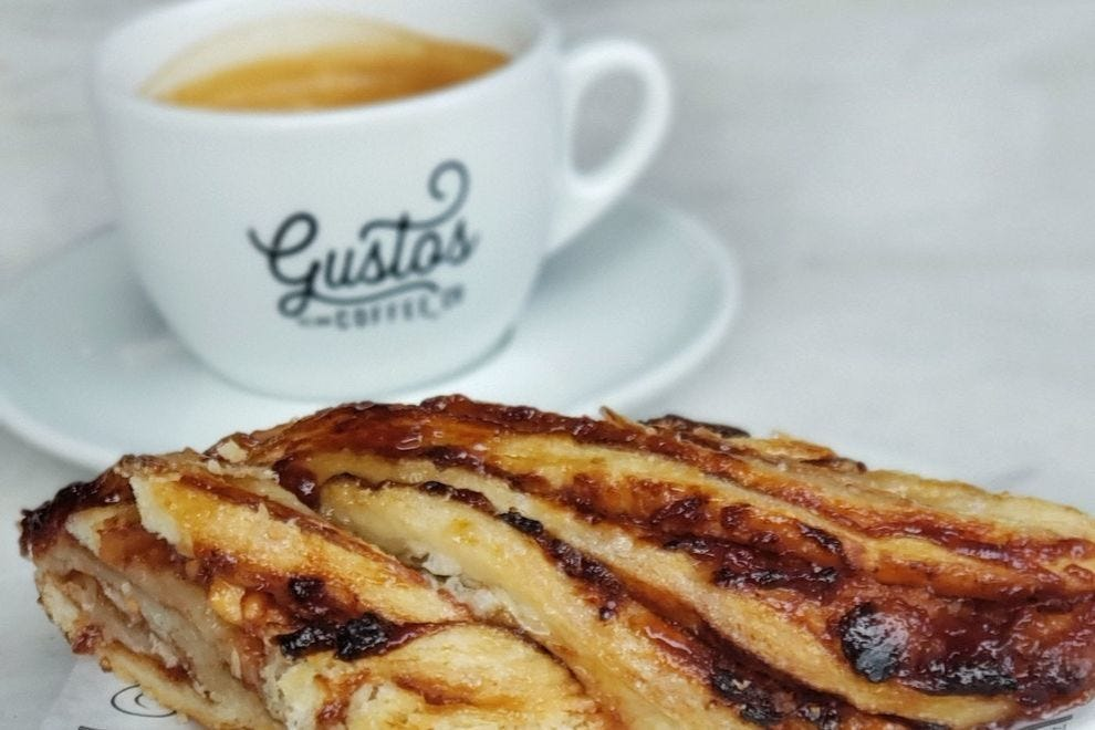 Gustos Cafe