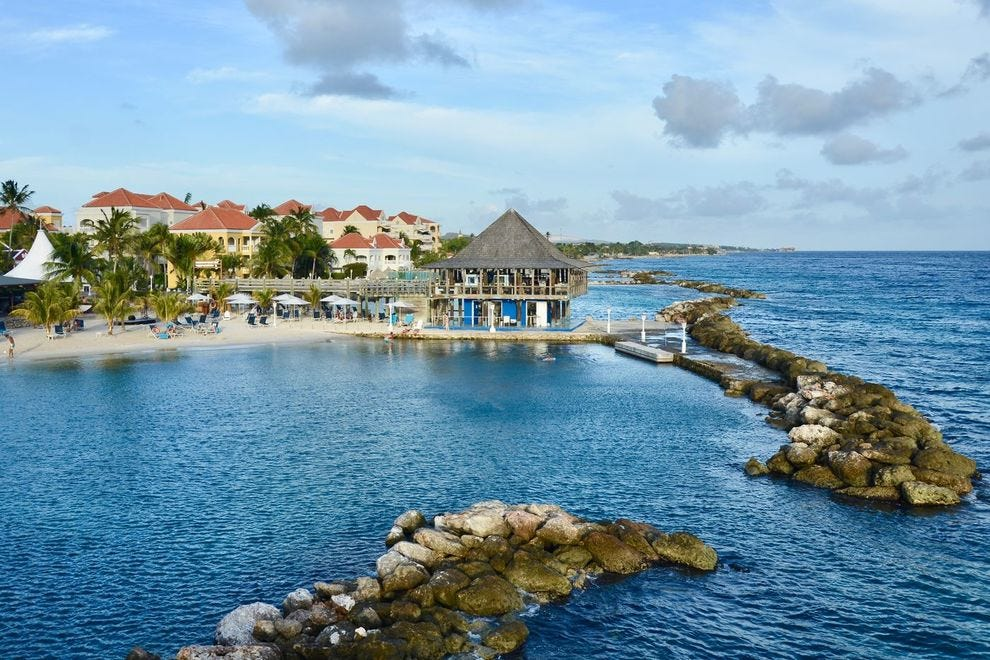 Avila Beach Hotel in Willemstad