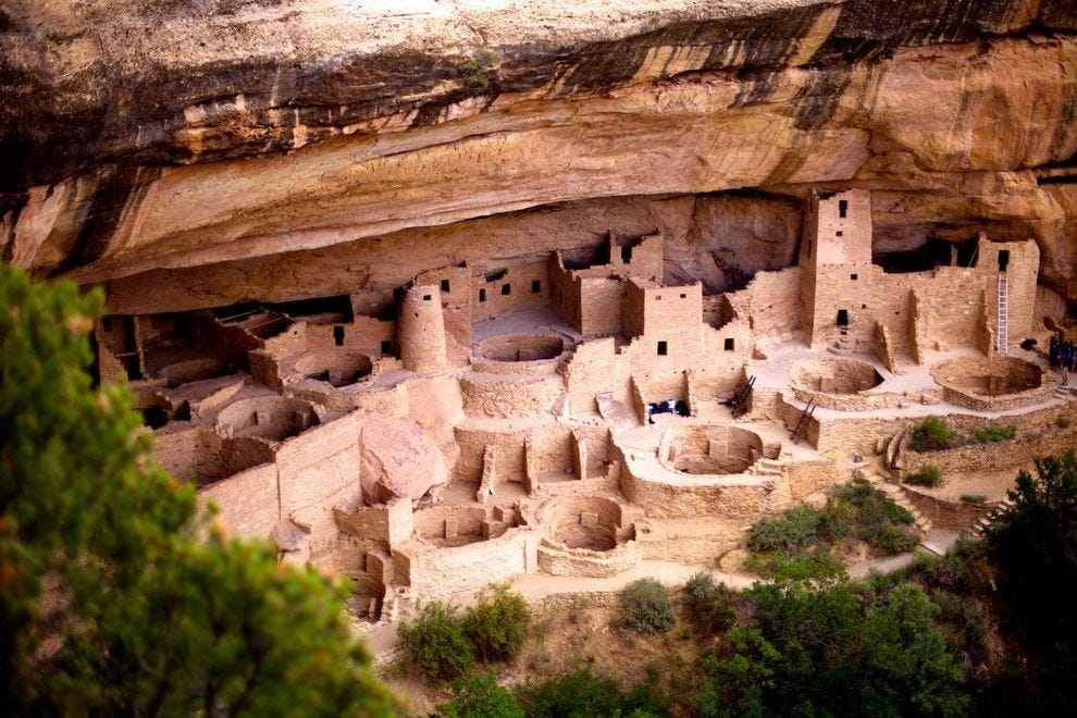 This ancient pueblo is the largest cliff dwelling in North America