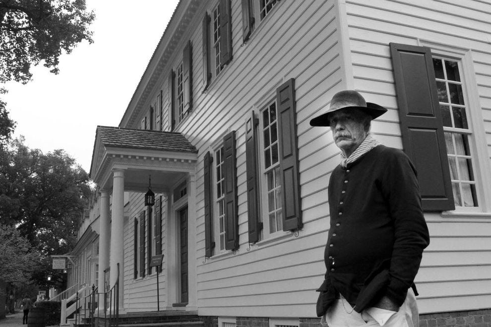 Older male actor at Colonial Williamsburg