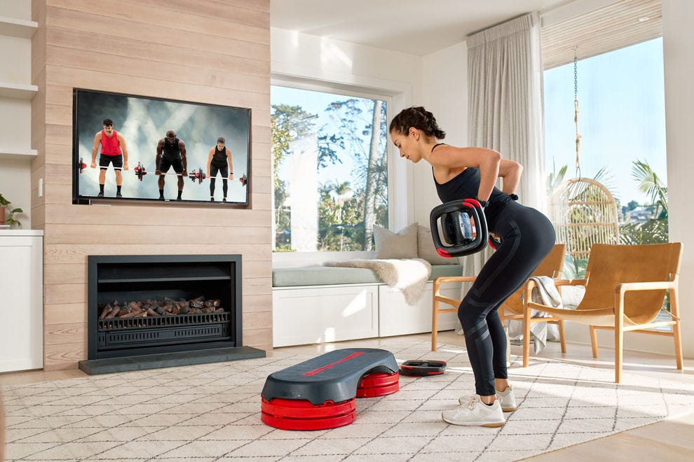 Bring your favorite LES MILLS program into your living room