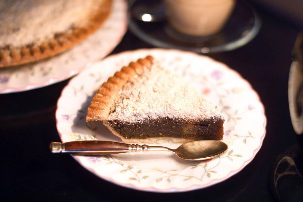 Do you like wet-bottom or dry-bottom shoofly pie?