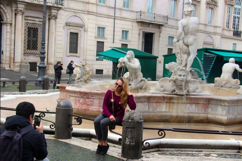 People-watching in Piazza Navona